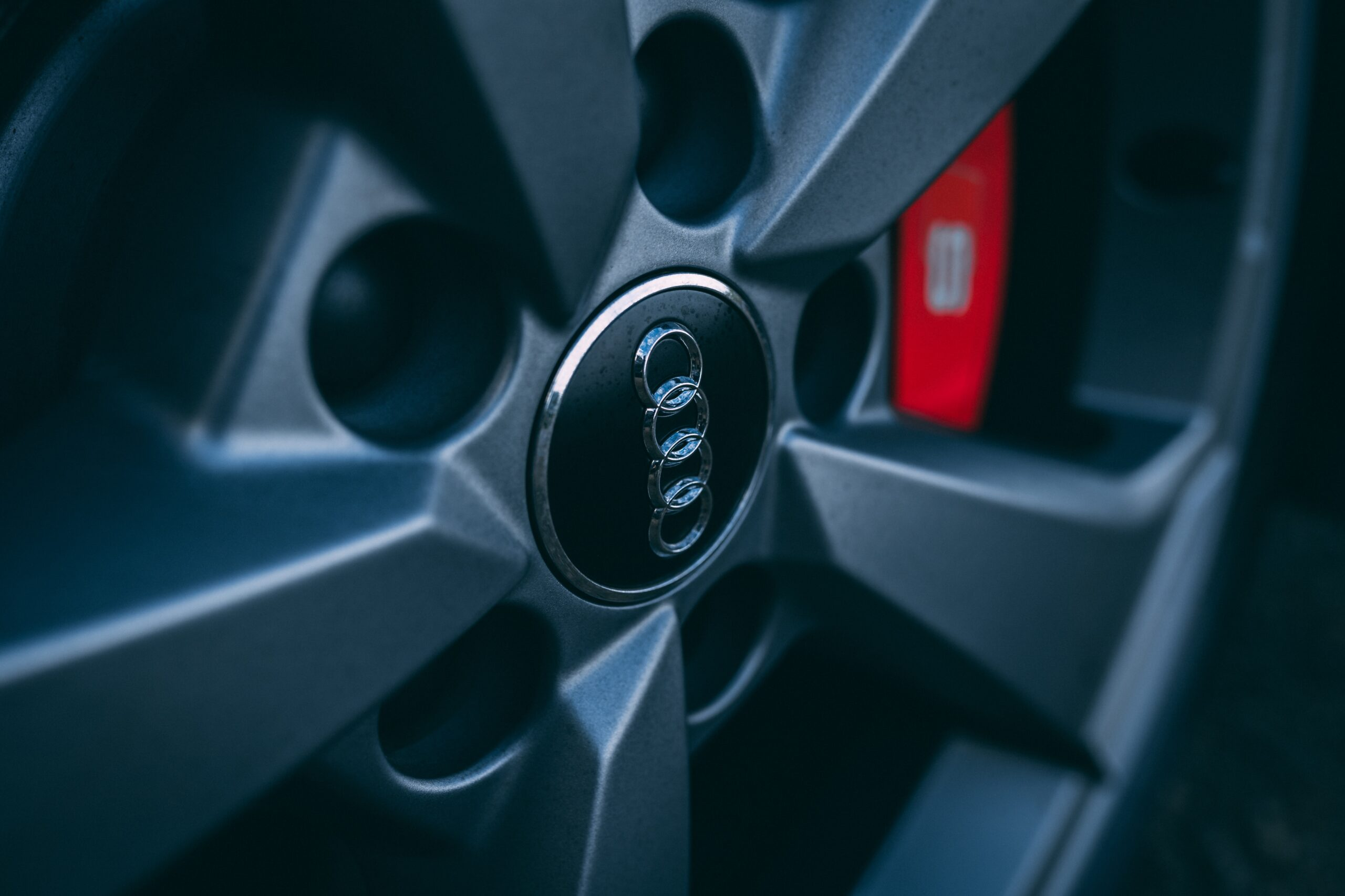 car vibrate while braking